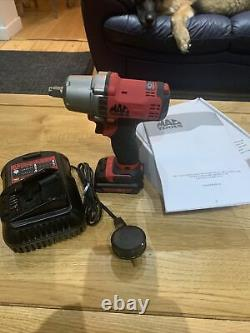 Mac Tools 1/2 Battery Impact Wrench Gun 10.8v NEW (BWP050C) Charger And 1 Bat