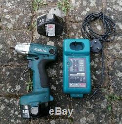 Makita 1/2 Impact Gun Cordless Impact Wrench Body 2 battery 14.4v 2.8ah charger