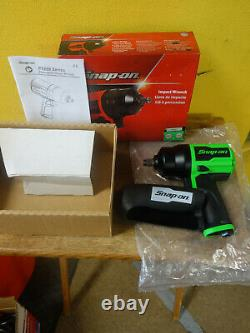 New Snap On Green Air Powered 1/2 Drive Impact Wrench Gun PT850G Complete