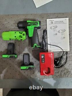 Snap On 3/8 Impact Wrench Gun 14.4v CTEU761GWith 2 batteries, Charger, Boot