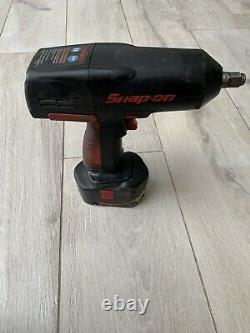 Snap On CTU3850 Cordless Wrench 18v 1/2 Impact Gun battery charger & Sleeve