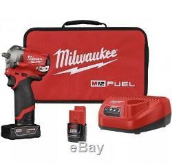 Milwaukee 2554-22 M12 Fuel Stubby Sans Fil 3/8 Gun Kit D'entraînement D'impact Clé