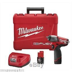 Milwaukee M12 Fuel Clé À Pistolet À Impact 12 Volt 3/8 Avec 2 Piles Et Chargeur