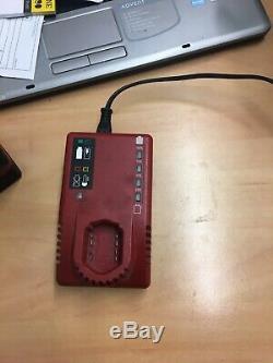 Pression Sur L'impact De 1/2 Pouce Clé Cteu8850 Avec 4.0ah Batterie Et 3/8 À Chocs