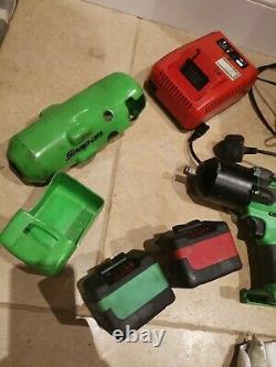 Snap On 18 Impact Wrench Driver 1/2 Gun Payé 800 Avec Chargeur Et 2 Batteries