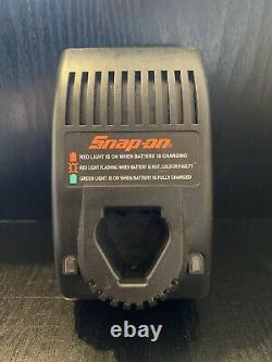 Snap On 1/4 Pistolet À Clé D'impact Sans Fil 7.2v Avec Batterie - Chargeur Ct525 Cttf572