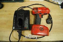 Snap On Outils Cteu4418 Clé À Chocs Gun 3/8 Drive & Chargeur Et Batterie