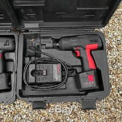 Une Paire De Snap-on Sans Fil Guns Impact Wrench, 18v Et 14.4v. Avec Cas, Chargeurs